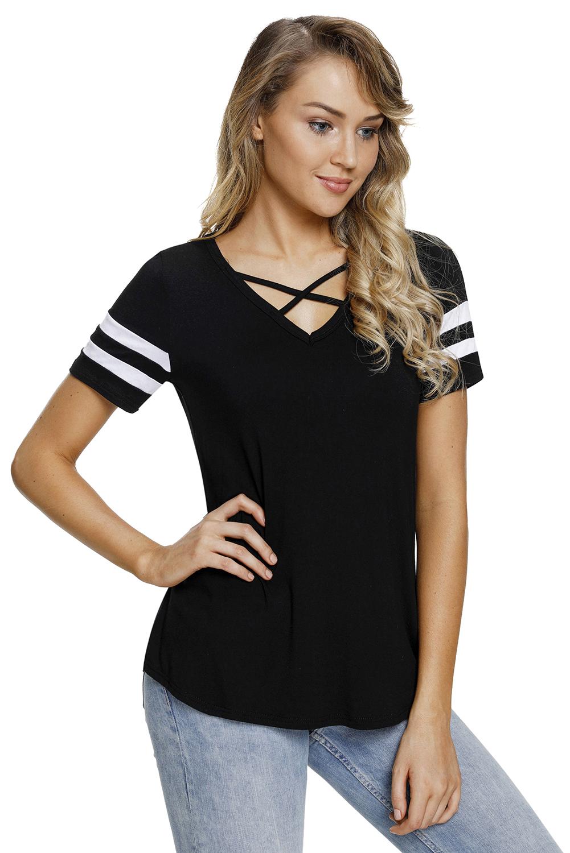 Camiseta-con-cuello-en-v-negro-manga-corta-a-rayas-varsity-shirt-mujer-verano